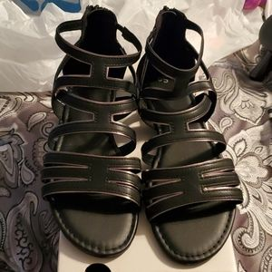 NIB Women's So Hopefully Gladiator Sandals